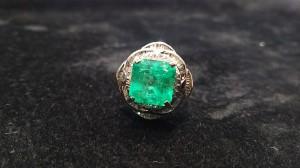 エメラルド,emerald,指輪,リング,宝石,ジュエリー,緑色,ブランド楽市,高価買取