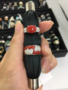 珊瑚,サンゴ,指輪,リング,宝石,貴金属,買取専門店,高価買取,吉祥寺店,ブランド楽市