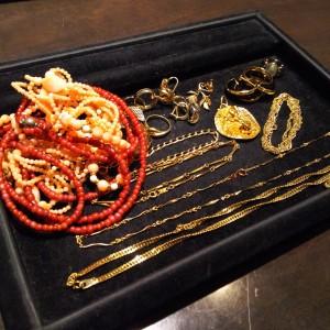 買取,貴金属,ネックレス,キリコ、ベビー珊瑚,指輪,イヤリング,ネックレストップ