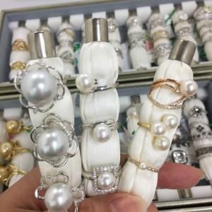 貴金属,宝石,ジュエリー,買取,販売,ブランド楽市