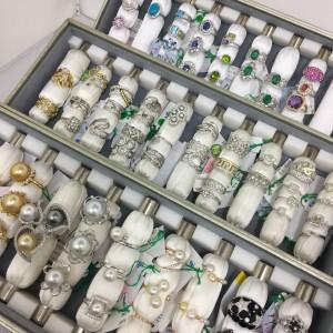 貴金属,宝石,ジュエリー,リフォーム,リメイク,お直し,作り変え,買取,販売,専門店,ブランド楽市