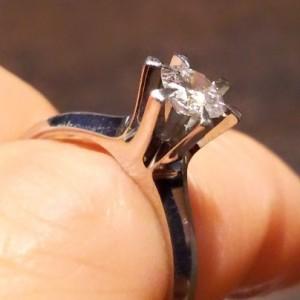 ダイヤモンド,宝石,指輪,婚約指輪,立て爪,pt900,リフォーム,ブランド楽市