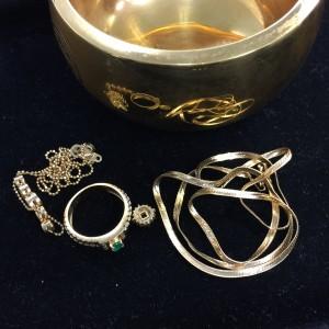 金,プラチナ,ネックレス,指輪,買取,ブランド楽市