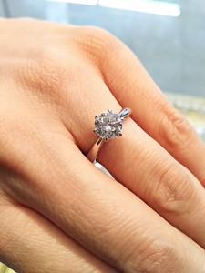 ダイヤモンド,宝石,ジュエリー,指輪,リング,ラウンドブリリアンカット,買取,ブランド楽市