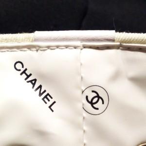 シャネル,CHANEL,ノベルティ,巾着,リュック,縫い目,印字,生地,本物,正規品,真贋,ブランド楽市