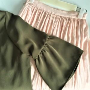 ファッション,春,カーキ,ピンクフレアスカート