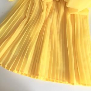 ファッション,春,黄色,フレアスカート