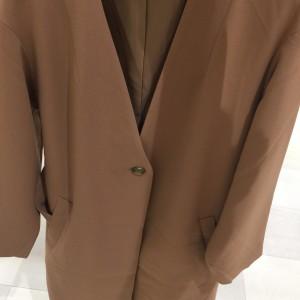 ノーカラー,ジャケット,コート,石原さとみ,アンナチュラル,春,ファッション,トレンド