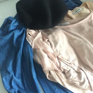 ザラ,ZARA,ファッション,ピンク,アースカラー,トップス,ベレー帽,トレンド,ボリューム袖