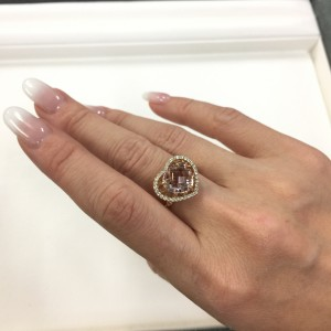 指輪,リング,ダイヤモンド,金,プラチナ,宝石,貴金属,生前整理,遺産整理,鑑定,査定,価値,専門店,ブランド楽市