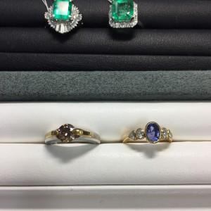 エメラルド,指輪,リング,宝石,ダイヤモンド,金,プラチナ,貴金属,生前整理,遺産整理,鑑定,査定,価値,専門店,ブランド楽市