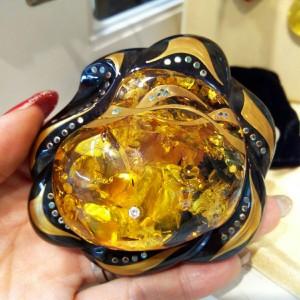 琥珀,こはく,宝石,貴金属,買取,駒沢店,ブランド楽市