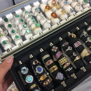 宝石,貴金属,指輪,リング,資産価値,鑑定,査定,無料,ブランド楽市吉祥寺店
