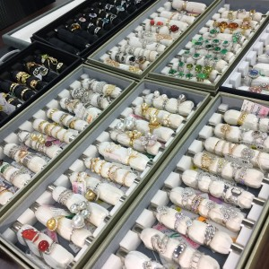 宝石,貴金属,金,ゴールド,買取,鑑定,無料,査定,ダイヤモンド,吉祥寺店