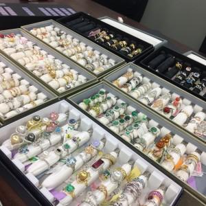 リフォーム,サイズ直し,立爪,指輪,リング,ダイヤモンド,宝石,貴金属,ブランド楽市,吉祥寺