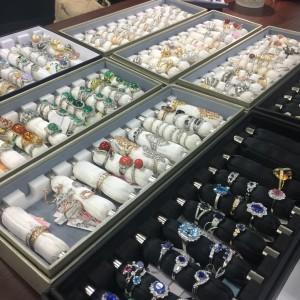 リフォーム,サイズ直し,立爪,指輪,リング,ダイヤモンド,宝石,貴金属,ブランド楽市,駒沢店
