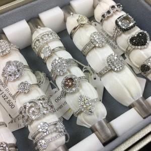 ダイヤモンド,指輪,宝石,貴金属,買取,販売,駒沢店,赤羽店,吉祥寺店,ブランド楽市