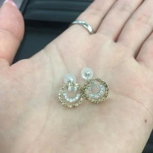 ダイヤモンド,ピアス,ニコちゃん,モチーフ,宝石,貴金属,人気