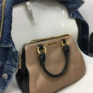 ミュウミュウ,miumiu,バッグ,定番,ブランド,ファッション