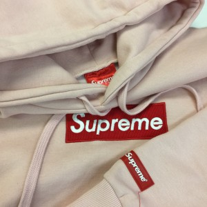 Supreme,シュプリーム,ストリート,ファッション,原宿,人気,ブランド,アパレル