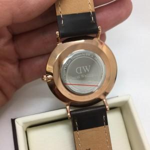ダニエルウェリントン,DANIEL WELLINGTON,腕時計,ペアウォッチ,人気,ファッション