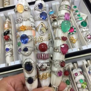 ジュエリー,宝石,貴金属,鑑定,査定,買取,販売,駒沢店,ブランド楽市,買取