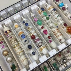 宝石,貴金属,指輪,リング,鑑定,査定,資産価値,買取価格,ブランド楽市,駒沢店,吉祥寺店,赤羽店