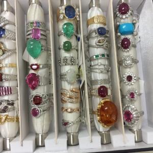 ジュエリー,宝石,貴金属,指輪,リング,ネックレス,査定,鑑定,東京都,ブランド楽市