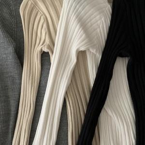 グレージュ,グレー,ベージュ,ホワイト,ブラック,トレンドカラー,コーデ,ファッション