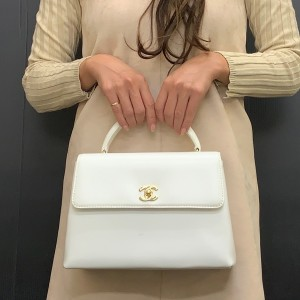 バッグ,白,2020年,トレンド,カラー,オールホワイト,コーデ,ファッション