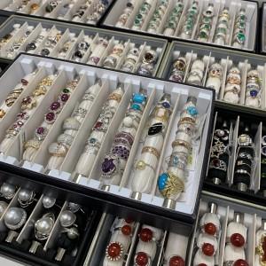 ジュエリー,宝石,貴金属,指輪,リング,査定,買取,駒沢店,ブランド楽市