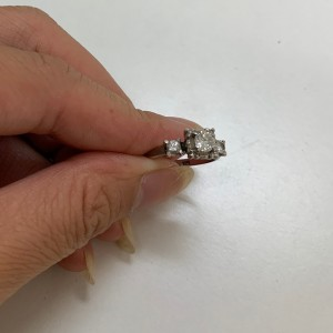 サイズ直し,ダイヤモンド,プラチナ,指輪,リング,宝石,貴金属,ジュエリー,ブランド楽市,赤羽店,北区,東京都