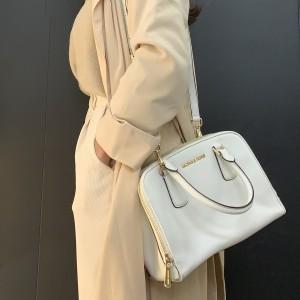 マイケル・コース,Michael Kors,トートバッグ,春,ホワイトカラー,ファッション,オシャレ,ブランドバッグ