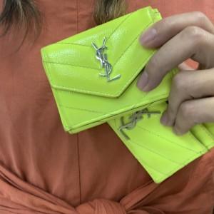 ミニウォレット,ミニ財布,トレンド,小さめ財布財布,ブランド財布