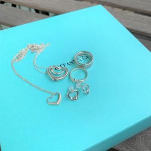 ティファニー,TIFFANY&Co.,ブランド,ネックレス,指輪,アクセサリー,クリスマス,プレゼント,自分用