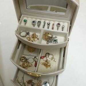 金,ゴールド,貴金属,指輪、リング,ネックレス,買取,宝石,ブランド楽市,赤羽店