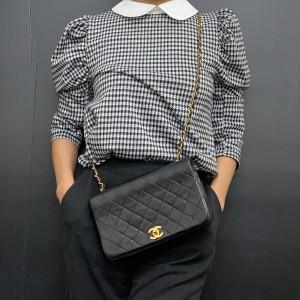 モノトーン,白バッグ,黒パンツ,白ニット,モノトーンコーデ,今日のコーデ,ファッション,トレンド