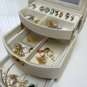指輪,リング,サイズ直し,宝石,貴金属,シルバー,ブランド楽市,赤羽店
