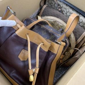 ブランド,バッグ,財布,アクセサリー,小物,腕時計,洋服,靴,シューズ,買取,終活,生前整理,遺品整理,ブランド楽市